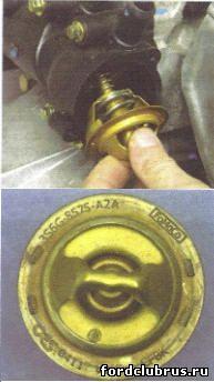 Замена термостата Форд Фокус 1